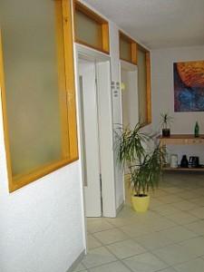 Zugang Behandlungsräume